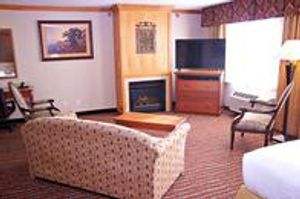 Image 5 | Holiday Inn Express & Suites Pierre-Fort Pierre