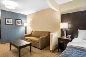 Image 4   Comfort Inn & Suites