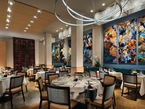 Image 5 | NINE-TEN Restaurant & Bar
