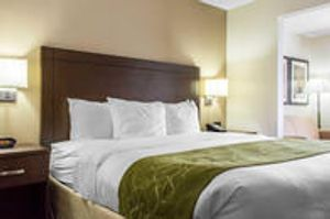 Image 10   Comfort Suites at Tucson Mall
