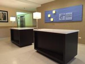 Image 8 | Holiday Inn Express Chicago NW - Arlington Heights