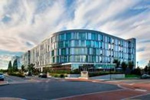 Image 3   Courtyard by Marriott Philadelphia South at The Navy Yard