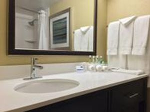 Image 5 | Holiday Inn Express Chicago NW - Arlington Heights