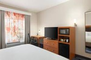 Image 9   Fairfield Inn & Suites by Marriott Jacksonville West/Chaffee Point
