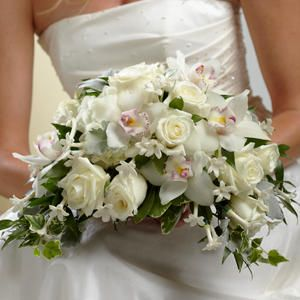 Beautiful wedding bouquets and special occasion floral decor.