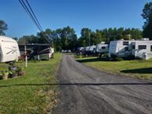 RV Seasonal, Monthly campground Site & Boat Slips on Lake Champlain vermont