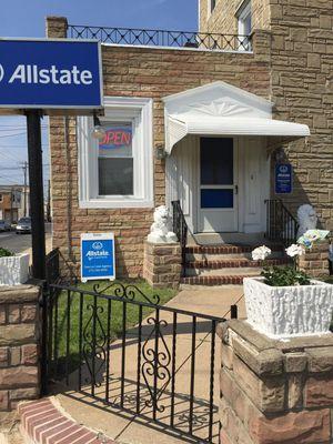 Image 4 | Thomas La Croix: Allstate Insurance