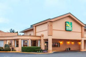 Image 3 | Quality Inn & Suites at Coos Bay