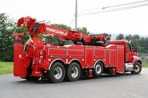 Our 60/65 Ton Rotator boasts an empowering combination of heavy-duty capabilities, superior stabilizing technology, commanding rotation, unsurpassed pulling capacity, and unstoppable power.