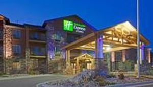Image 7   Holiday Inn Express & Suites Custer