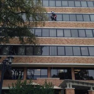 Professional, full-service commercial glass services for Large Commercial and High Rise Buildings.