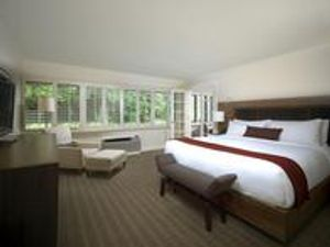 Expansive rooms at Topnotch Resort