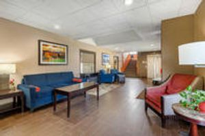 Image 8 | Comfort Inn Trolley Square