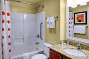 Image 9 | TownePlace Suites by Marriott Cleveland Airport