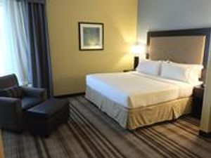Image 3 | Holiday Inn Express Chicago NW - Arlington Heights