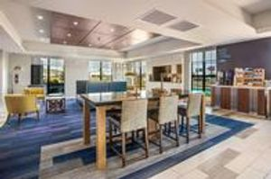 Image 7 | Holiday Inn Express & Suites Tulsa East - Catoosa, an IHG Hotel