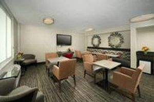 Image 10   Holiday Inn Express Baltimore at the Stadiums, an IHG Hotel
