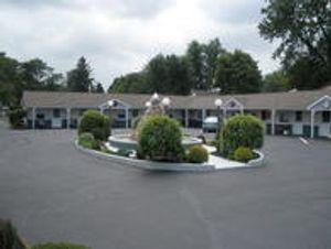 Image 7 | Edge-O-Town Motel LLC.