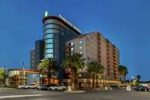 Embassy Suites by Hilton Convention Center Las Vegas (Exterior View)