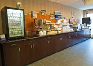 Image 8 | Holiday Inn Express & Suites Jackson/Pearl Intl Airport