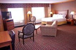 Image 9 | Holiday Inn Express & Suites Pierre-Fort Pierre