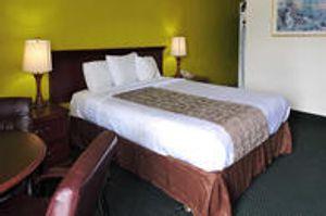 Image 6 | Rodeway Inn