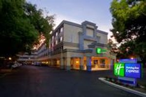 Image 2 | Holiday Inn Express Sacramento Convention Center, an IHG Hotel