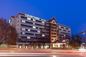 Image 2 | Courtyard by Marriott Alexandria Old Town/Southwest