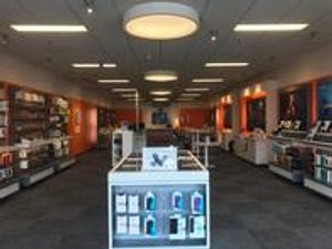 Image 10 | AT&T Store