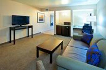 Image 12   Holiday Inn & Suites Phoenix Airport, an IHG Hotel