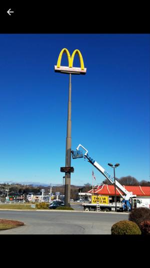 Image 9 | Eleas Sign Repair  and  Crane Service