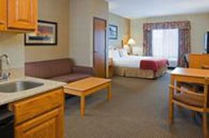 Image 8   Holiday Inn Express & Suites Custer