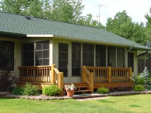 Livonia'a top choice for roofing, siding, and window replacement. in addition to interior remodeling projects including kitchens, bathrooms, and more!  Contact us today for details or to schedule a consultation!