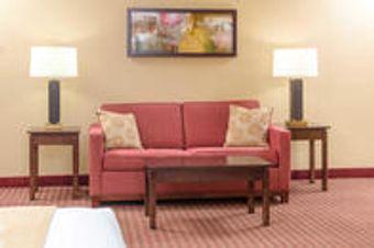 Image 11 | Comfort Inn & Suites Near Burke Mountain