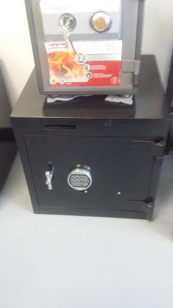 Image 4   SafeCo- Safes, Remotes and Keys
