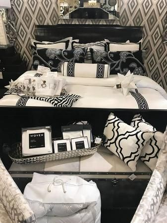 Gorgeous black and white home decor