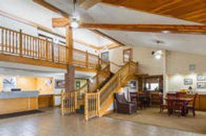 Image 7   Quality Inn & Suites