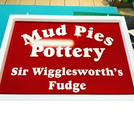 New Sign for Mud Pies Pottery / Sr Wigglesworth's Fudge in Salado, Tx