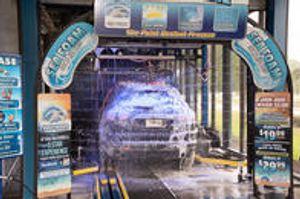 Image 2 | Tidal Wave Auto Spa of Thomaston