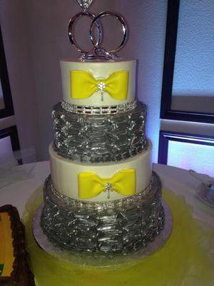 Image 2   Wedding Cakes by Tammy Allen