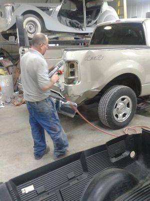 auto body repair shop, Dayton, OH 45419