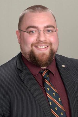 Image 2   Edward Jones - Financial Advisor: Scott A Hirschberger