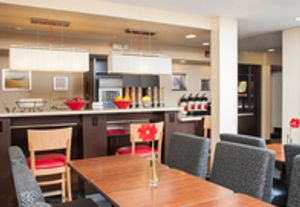 Image 8 | TownePlace Suites by Marriott Indianapolis Park 100