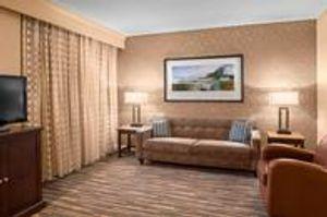 Image 7   Sheraton Suites Akron Cuyahoga Falls