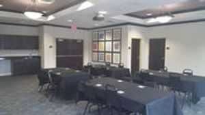 Image 7 | Holiday Inn Express & Suites Tampa -Usf-Busch Gardens