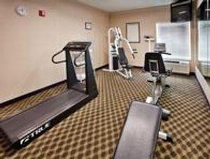 Image 5   Holiday Inn Express & Suites Lansing-Leavenworth, an IHG Hotel