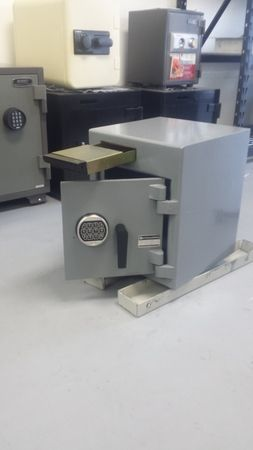 Image 5   SafeCo- Safes, Remotes and Keys