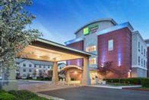Image 2 | Holiday Inn Express & Suites Sacramento Airport Natomas, an IHG Hotel