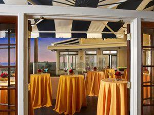 Image 3 | NINE-TEN Restaurant & Bar