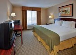 Image 6   Holiday Inn Express & Suites Lansing-Leavenworth, an IHG Hotel